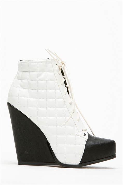qupid quilted black and white lace up booties