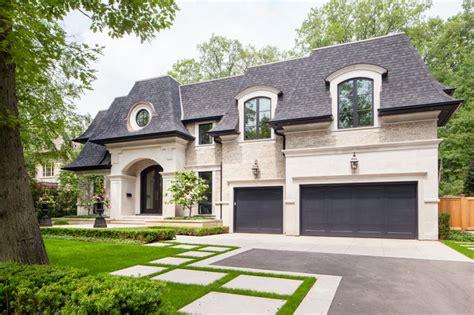 17 classic traditional home exterior designs you ll adore