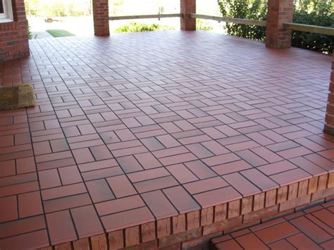 basketweave with quarry tile concrete patio
