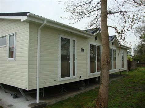 2 bedroom mobile homes 2 bedroom mobile home for sale in summer lane park homes