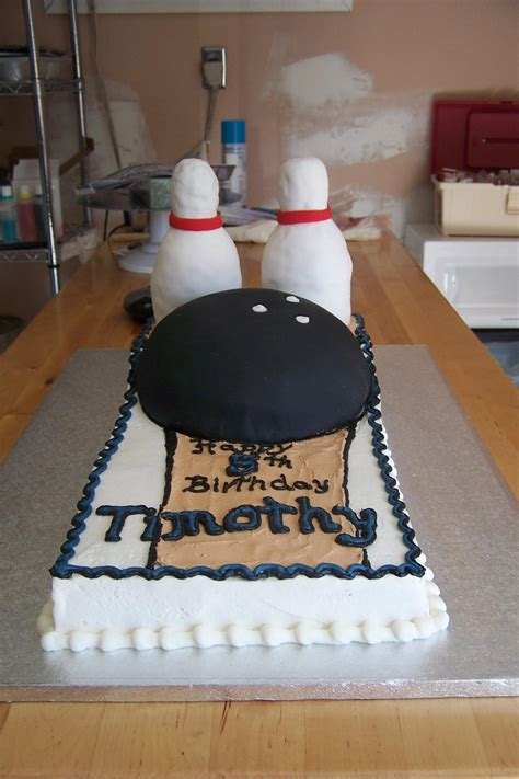 desserts bakery  cafe custom design cakes