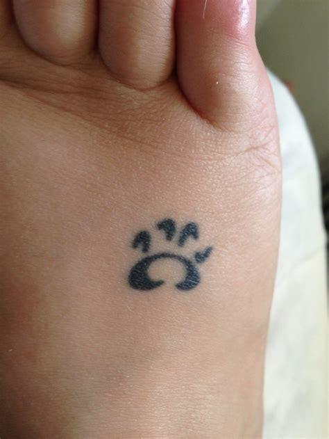 minimalist tattoo trade 14 best skintrade tattoos artist sean stevens images on