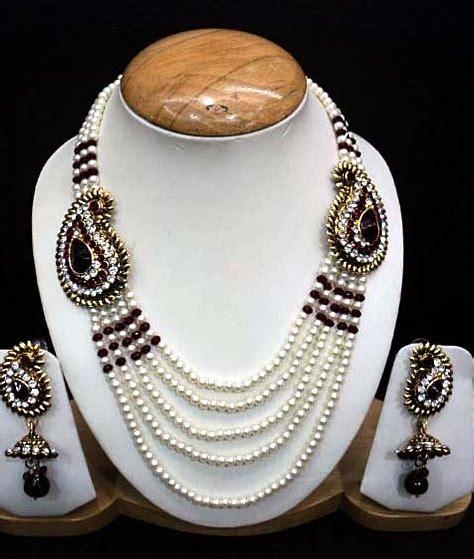 Dinaya Set Maroon 05 maroon studded necklace set 77 90 shop http www utsavfashion store item