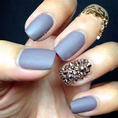 Matte Nail by 25 Matte Nail Designs You Ll Want To Copy This Fall Stayglam
