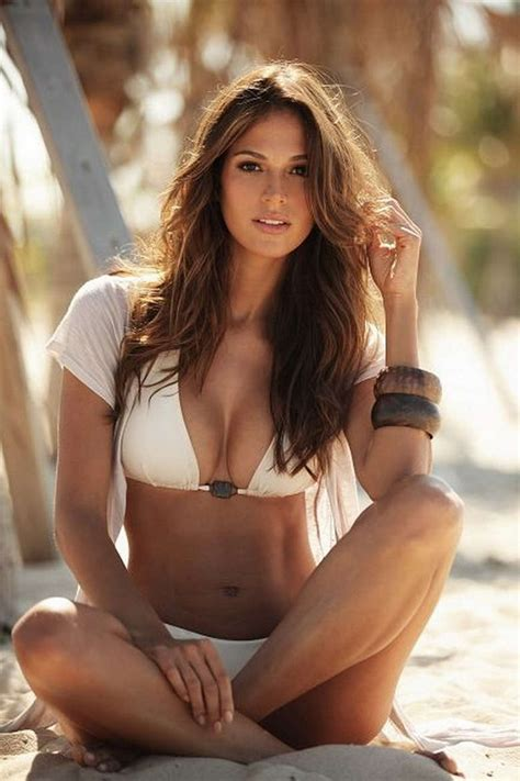 most beautiful women in the world 2017 hottest list our 41 most beautiful women this week suburban men
