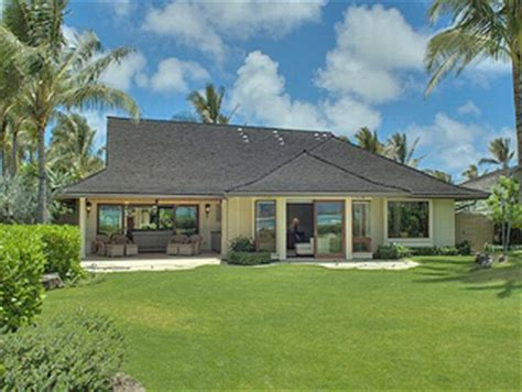 obama new house in hawaii obama s million dollar hawaiian vacation costs to