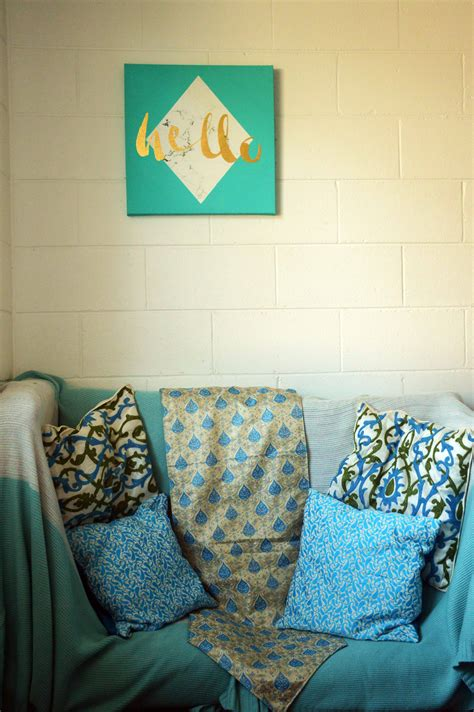 Reading Nook Pillows by Simple Diy Boho Reading Nooks