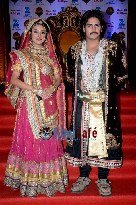 Gamiis Jodda Akhbar Best Seller jodha akbar zee serial mobile launch filmicafe
