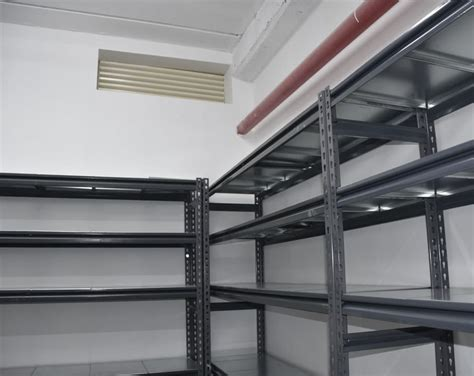 warehouse shelving  storing large small inventory