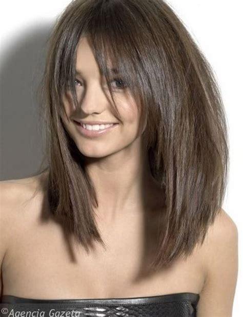 brunette lob hairstyles long razor cut brunette bob with bangs hair pinterest