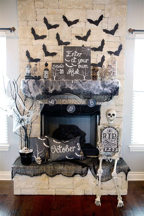 halloween home decor pinterest 70 great halloween mantel decorating ideas digsdigs