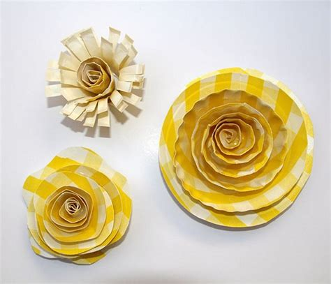 Crafts To Make With Paper Plates - 25 simple paper plate crafts for every event recycled things