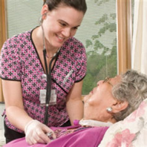 meet the nursing requirements to become a geriatric