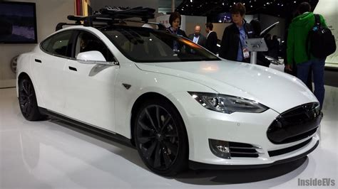 Tesla S News Tesla Model S Wins Detroit News Readers Choice Award For
