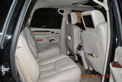 how to fix cars 2005 cadillac escalade interior 2005 cadillac escalade esv interior pictures cargurus
