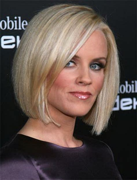 blunt cuts on women over 40 32 change your look with these coif medium bob hairstyles