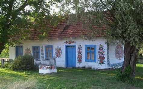 chat haus zalipie malowane chaty naludowo pl folklor etno
