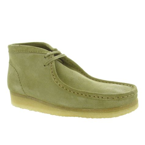 boys clarks wallabee boot clarks s wallabee boot mens boots
