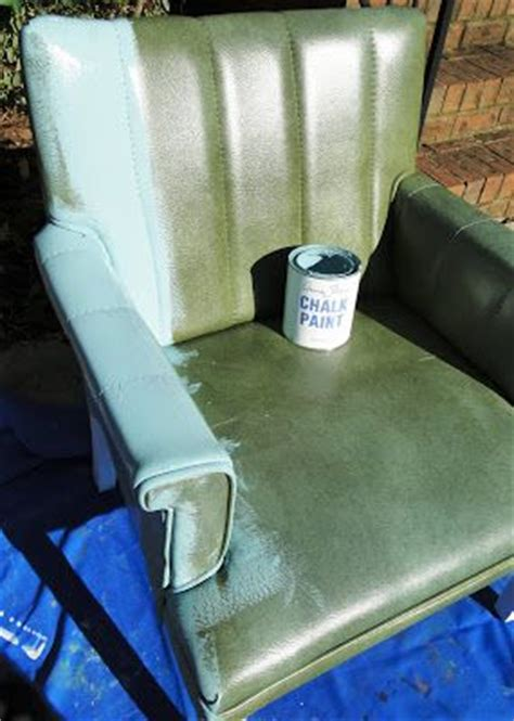 painting vinyl upholstery 11 best images about chalk paint vinyl leather on