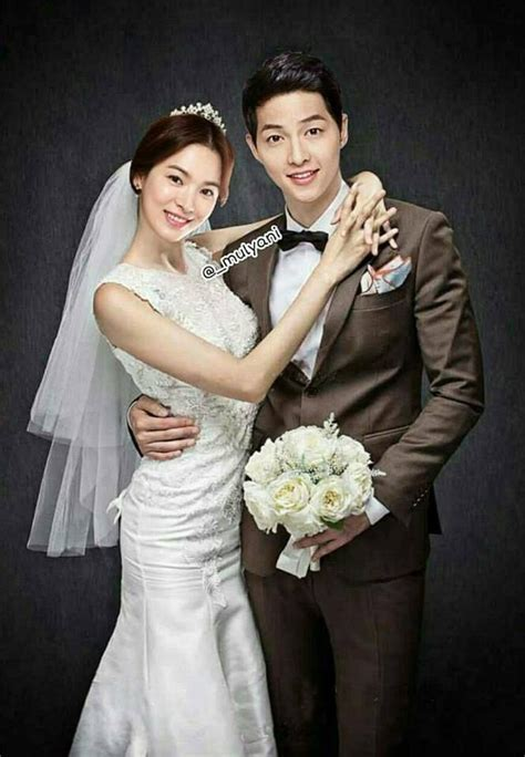 Wedding Song Hye Kyo by Song Joong Ki And Song Hye Kyo S Quot Photoshopped Quot Wedding