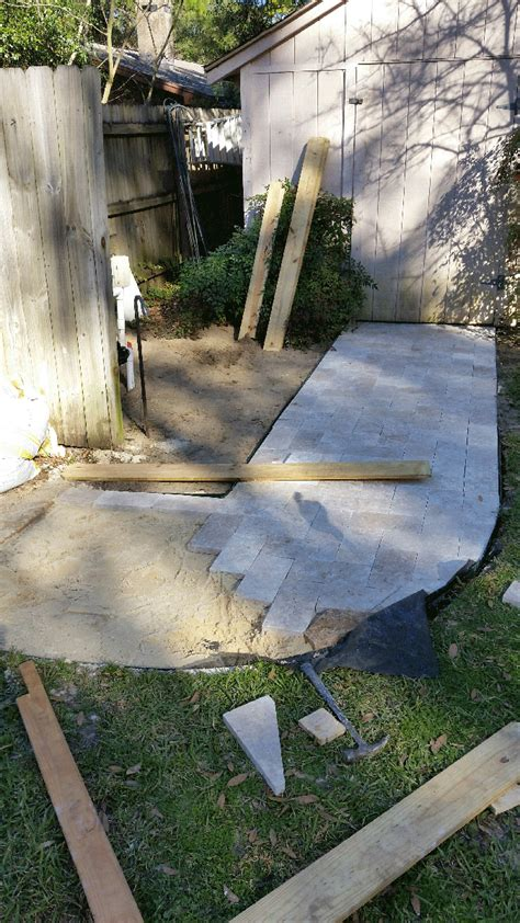 How To Install A Diy Walkway With Travertine Pavers Photo Diy Patio Pavers Installation