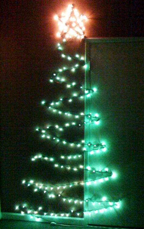 making a christmas tree of lights erl the girl