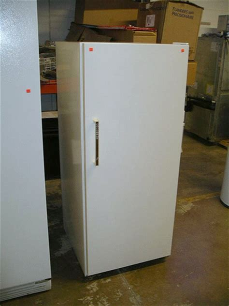 Apartment Size Fridge At The Brick Apartment Size Refrigerator 75 Flickr Photo