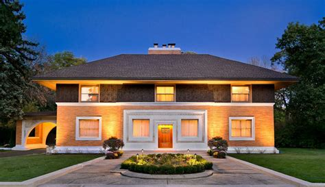 winslow house illinois frank lloyd wright s winslow house in river forest sells for 1 375 million chicago tribune