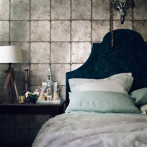 Grey Vintage Bedroom Wallpaper The Wallpaper Trends Ideal Home