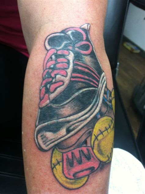 roller skate tattoo best 25 softball tattoos ideas on baseball