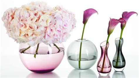 vasi in vetro per fiori vaso in vetro eleganti e raffinati oggetti dalani e ora