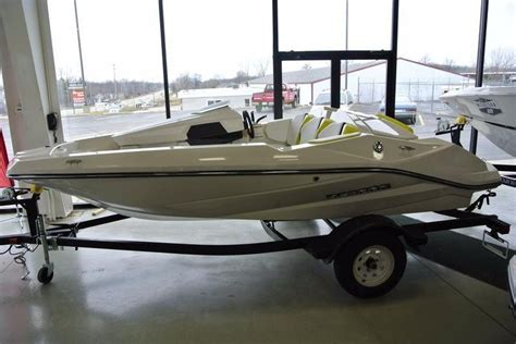 scarab jet boats michigan 2016 new scarab 165 ghost jet boat for sale 17 995