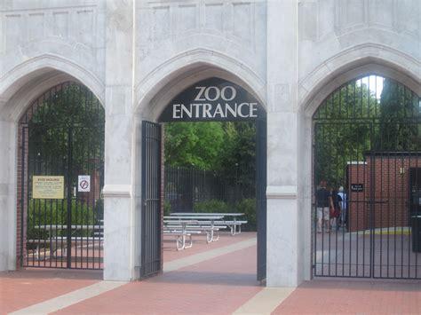 Garden City Zoo Ks File Richardson Zoo Entrance Garden City Ks Img 5931