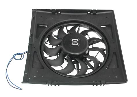 Derale 32 Quot High Output Electric Radiator Fan And Shroud