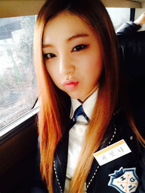 ulzzang hairstyles for school ulzzang얼짱 school outfits inspiration part 1