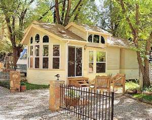 gorgeous cabin fully furnished home design garden