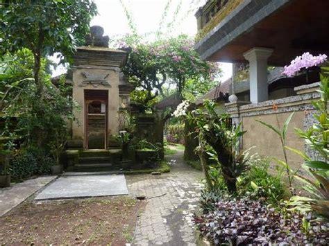 oka kartini bungalows oka kartini bungalows gt ubud gt bali hotel and bali villa