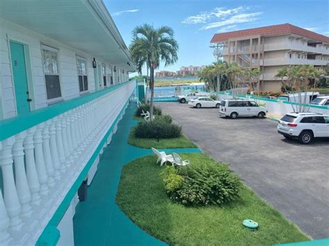 the boat house marco island the boat house in marco island hotel rates reviews in