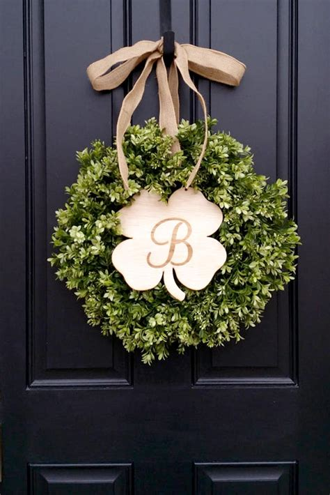 st patricks day decorations  impress  guests
