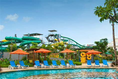 theme park jakarta indonesia tour waterbom jakarta