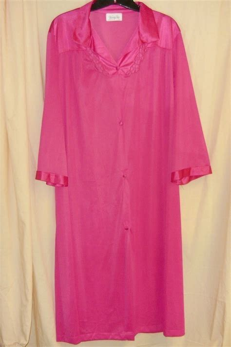 vanity fair robes vanity fair pink robe l sleepwear robes