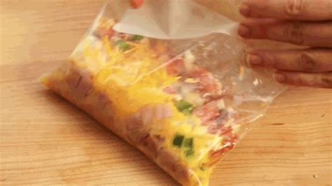 Kitchen Hacks Omelette In A Bag Make An Omelet In A Bag Like This