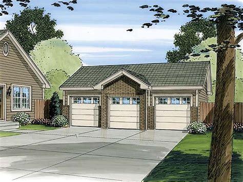 3 stall garage plans three car garage plans traditional 3 car garage plan