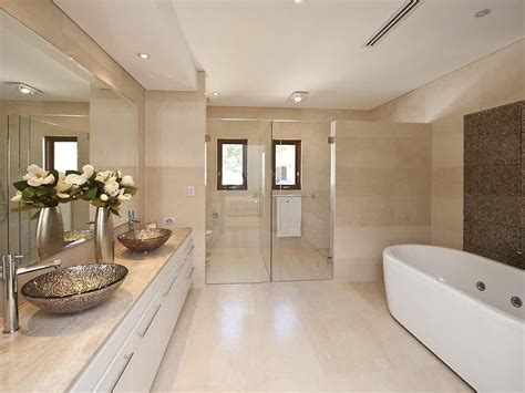 modern bathroom design with spa bath using ceramic