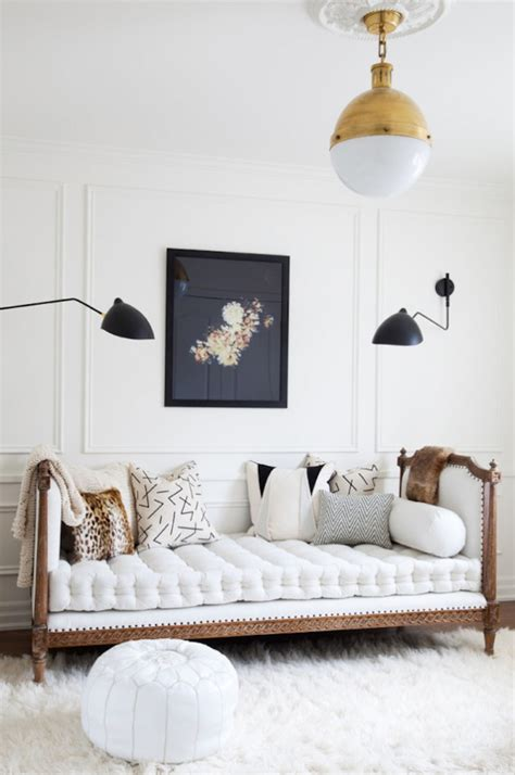 daybed as living room couch daybed roundup becki owens