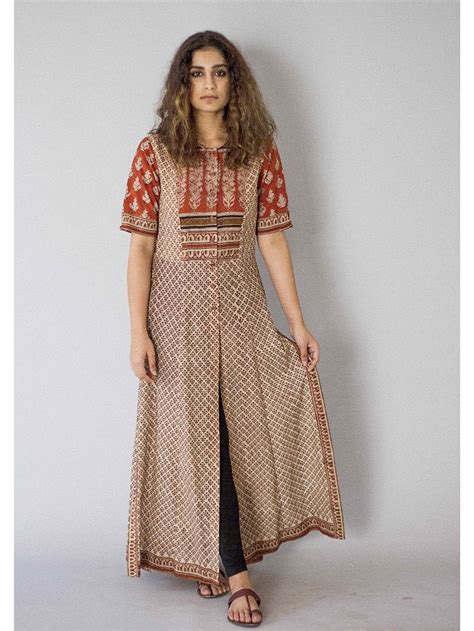 button pattern kurti description it is a cotton block printed tunic with front