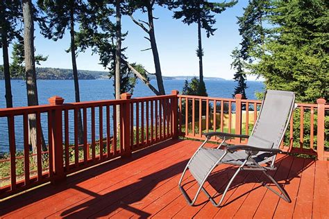 whidbey island waterfront beach house cabins for rent in clinton freeland vacation rental vrbo 567186 2 br whidbey