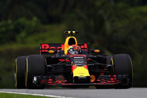 Topi Bull Racing F1 Daniel Ricciardo Original Official Merchandise verstappen supera hamilton em sepang e vence pela segunda vez na carreira f 243 rmula 1 globoesporte