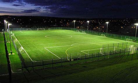 Lu Tembak Untuk Lapangan Futsal jual rumput sintetis untuk taman futsal dekorasi meteran