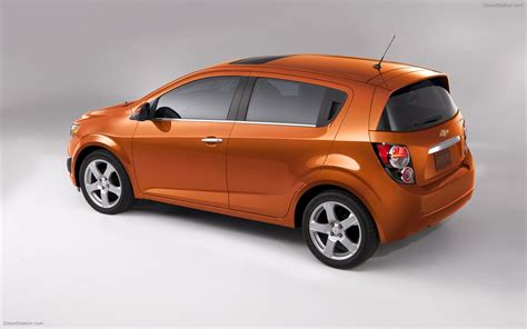 chevrolet sonic 2012 widescreen car wallpapers 02